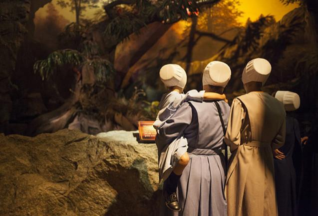 A Holy Photo Tour Of The Creation Museum Vocativ