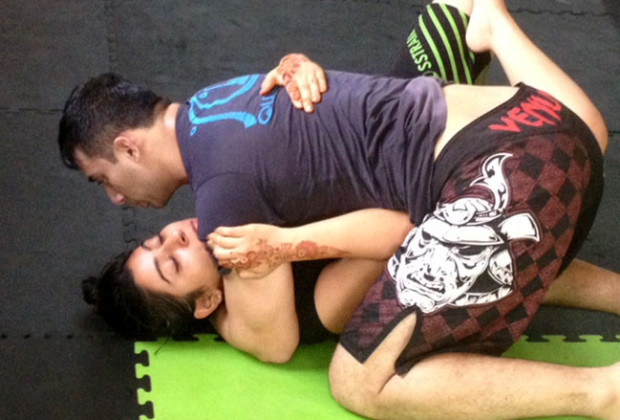 Gurleen Kaur practicing jiu-jitsu at Crosstrain.