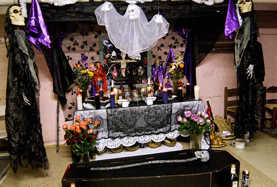 Домашние алтари в картинках - Страница 3 Brooklyn-Vaudou_043401907689