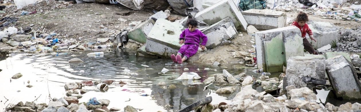 Roma Of Albania Life On The Trash Heap Vocativ