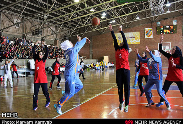 Iranian Women Basketball_04