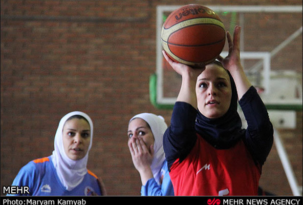 Iranian Women Basketball_05