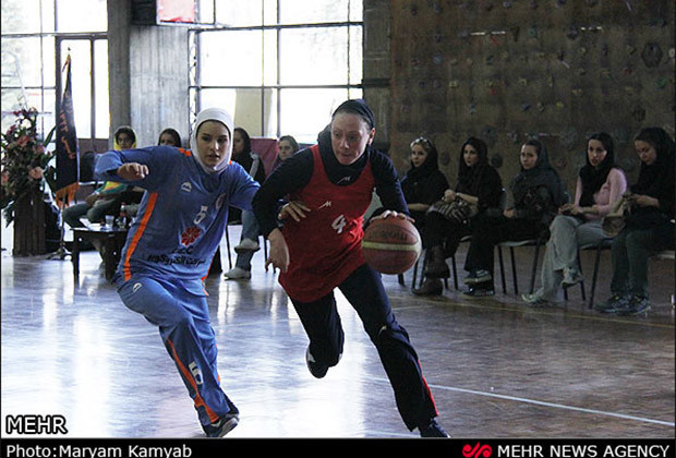 Iranian Women Basketball_10