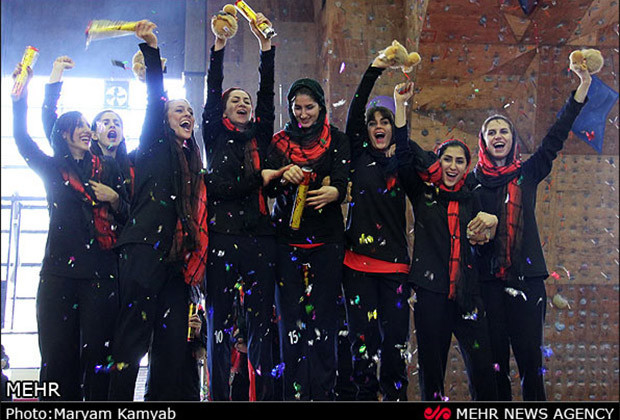 Iranian Women Basketball_14