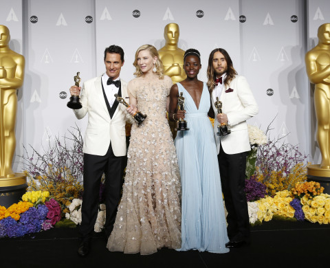 Winners Matthew McConaughey for Best Actor, Cate Blanchett for Best Actress, Lupita Nyong'o for Best Supporting Actress and  Jared Leto for Best Supporting Actor hold their Oscars at the 86th Academy Awards in Hollywood, California March 2, 2014   REUTERS/Mario Anzuoni (UNITED STATES  - Tags: ENTERTAINMENT TPX IMAGES OF THE DAY)  (OSCARS-BACKSTAGE) - RTR3FYNA