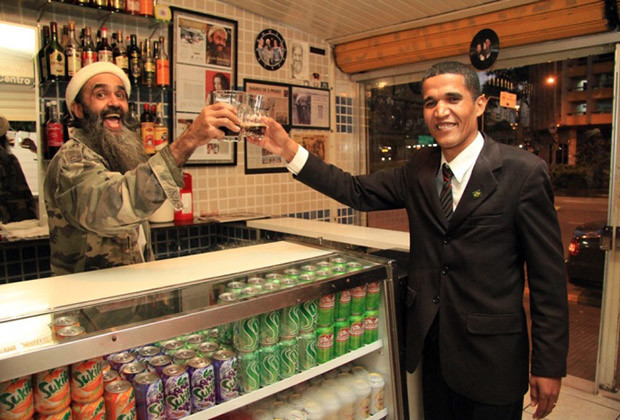 Bin Laden Bar Brazil_05