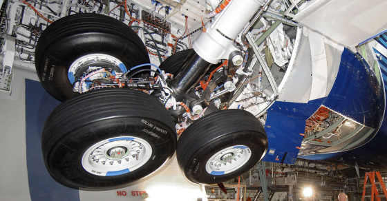 Here's Why You Can Survive Five Hours in a Jet's Wheel Well at 38,000 Feet