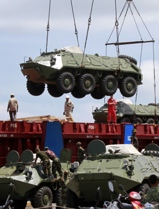 Why Is a Huge Ukrainian Arms Shipper Going After a Tiny NGO?