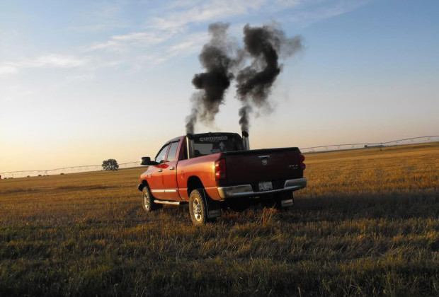"""Rollin' Coal"" Is Pollution Porn For Dudes With Pickup ..."