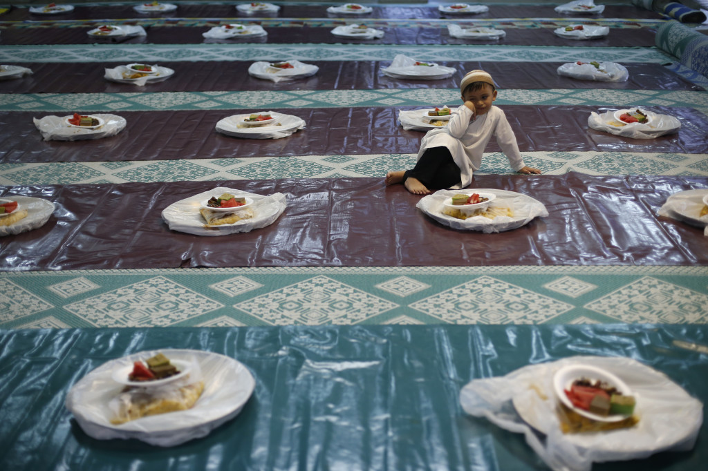Photos: The Colors of Ramadan and Eid al-Fitr