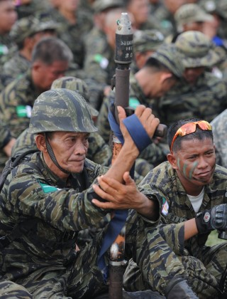 ISIS May Have to Battle a Filipino MILF