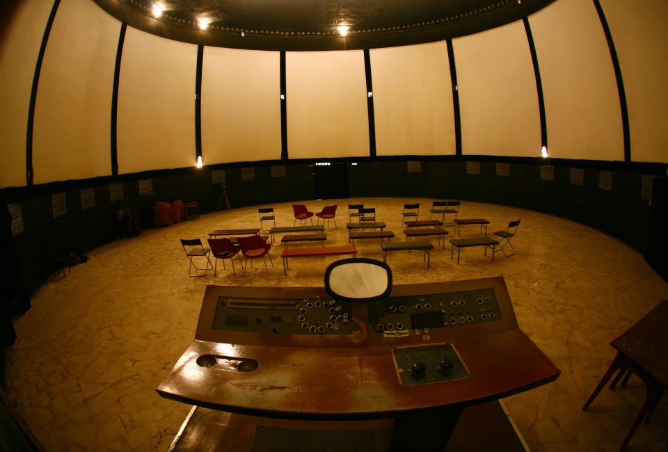 Soviet Movie Theater_05