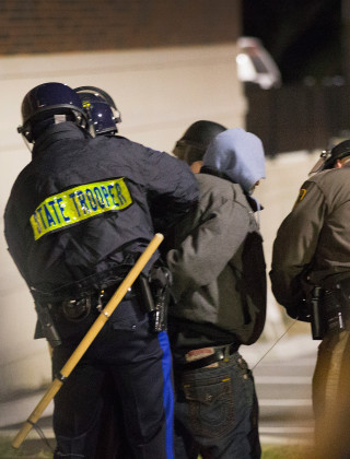 Watch a Live Streamer Getting Arrested in Ferguson