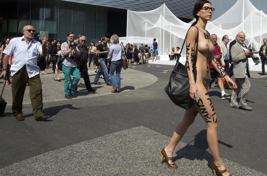 questions for nude artist milo moir   vocativ