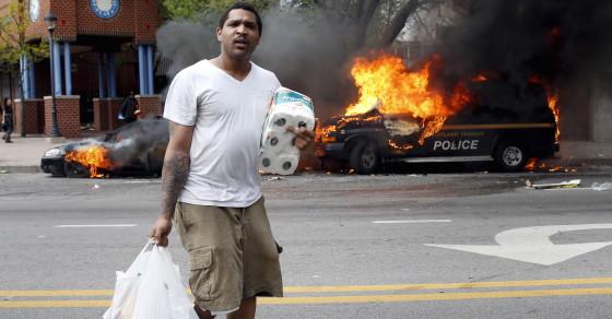 Baltimore Public Defenders Overwhelmed By Hundreds of Arrests