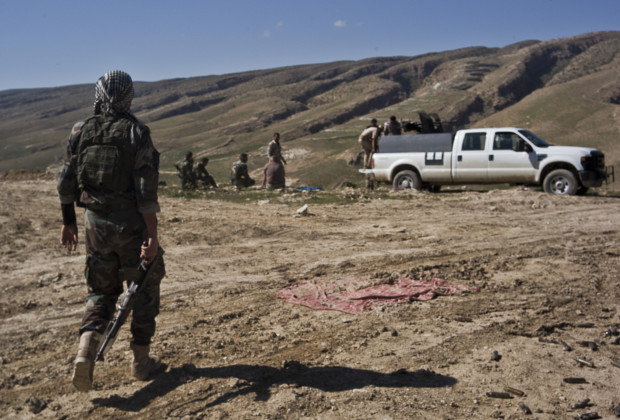 March 26, 2015 - Sinjar, Iraq - The Peshmerga continue fighting IS for retaking the Sinjar City from ISIS in the town of Shangal, Iraq, on March 27, 2015. (Credit Image: © Jacob Simkin/NurPhoto/ZUMA Wire)