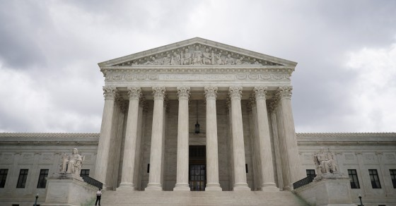Supreme Court Justices Don't Like To Vote Solo On Issues