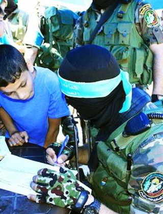 Hamas Signs Up Kids For Military Summer Camp