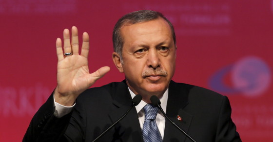 Turks Lash Out At Authorities Over Twitter Block