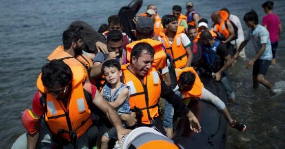 Migrant Plight Sparks Unique Crowdfunding Campaign
