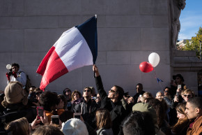 Hundreds In New York Gather At Solidarity Vigil For Paris