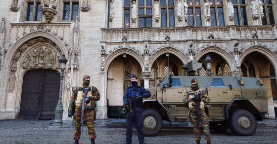 http://media.vocativ.com/photos/2015/11/brussels-security-lockdown2401615694.jpg
