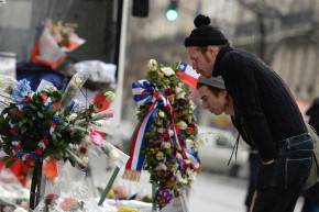 Eagles Of Death Metal Visit Bataclan Memorial In Paris
