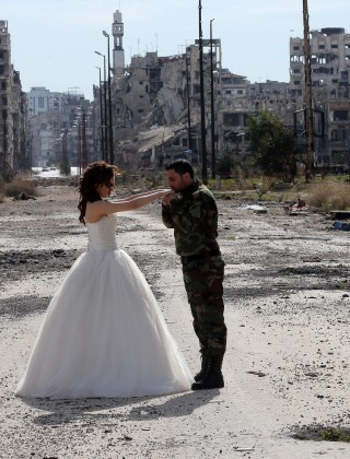 Media Swoons Over Syrian Siege Wedding Snaps