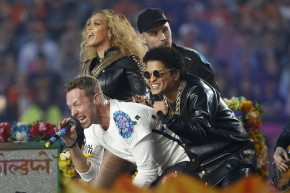 Versace And Gucci Score Big At The Super Bowl