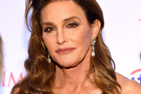 Caitlyn Jenner Took A Very Political Trip To The Bathroom