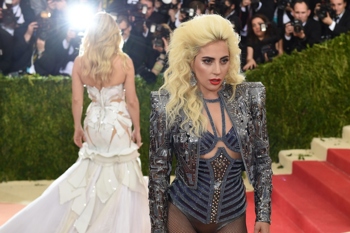 You Decide Met Gala Attendee Or Movie Robot Vocativ