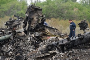Who Has the Black Boxes From the Downed Plane in Ukraine?
