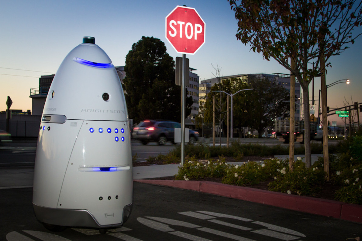 Toddler reportedly hurt by shopping center security robot