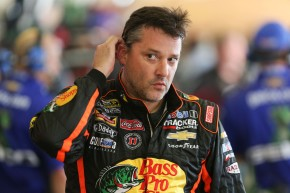 Twitter Users Won't Let Tony Stewart Forget He Killed Someone
