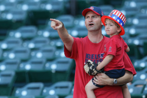 Racist 'Data Study' Says You Need A Dad To Be Good At Baseball