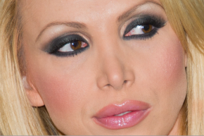 Popular Porn Actress Nikki Benz Alleges On-Set Abuse