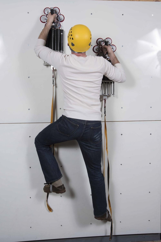 Drapers Z Man lets you climb glass like a gecko