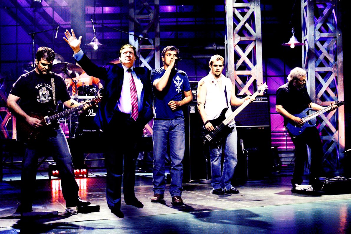 MUSIC  sc 1 st  Vocativ & Fading Band 3 Doors Down Has Mini Comeback For Trumpu0027s ... pezcame.com