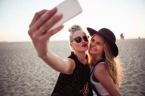 Apparently Not All Selfie-Takers Are Narcissists