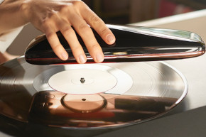 A Portable Turntable For The Modern Age