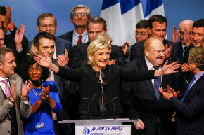 Le Pen Campaigns On 'France First' Platform