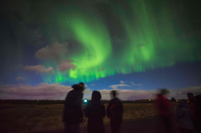 Drivers In Iceland Are Dangerously Mesmerized By Northern Lights