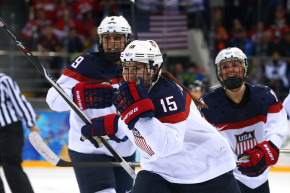 US Women's Hockey Team Ends Boycott, Breaks USA Hockey