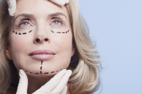 Facelifts Make Women Seem More Successful
