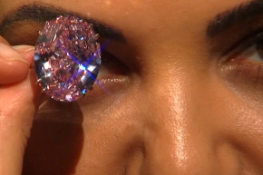This Is What A $60 Million Diamond Ring Looks Like