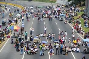In Week 4 Of Protests, Venezuelans Shut Down Caracas Highway