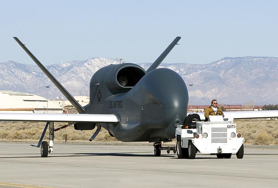 Photos Tour America S Secret Spy Plane Vocativ
