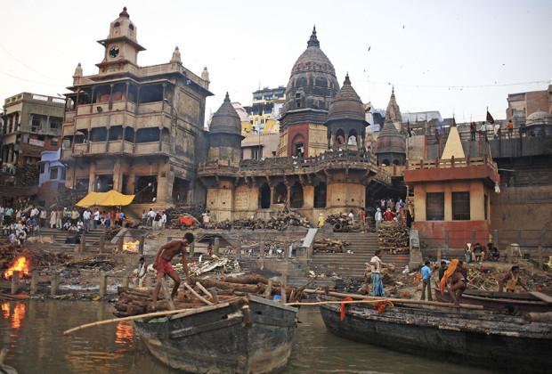 Varanasi Cremation 04