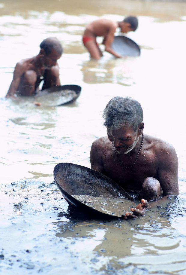 Varanasi Cremation 08