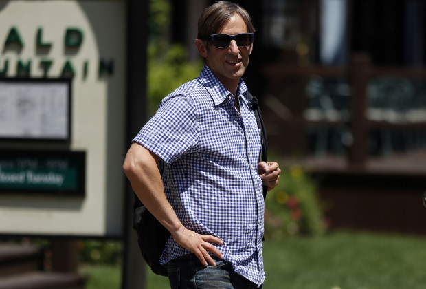 Internet entrepreneur and Zynga CEO Mark Pincus attends the Allen & Co Media Conference in Sun Valley, Idaho July 11, 2012.  REUTERS/Jim Urquhart   (UNITED STATES - Tags: SCIENCE TECHNOLOGY BUSINESS) - RTR34UI5